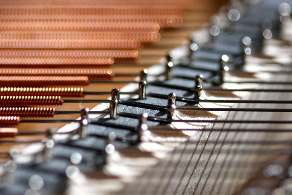 ピアノの調律の頻度は?理想的な期間と最低限のメンテナンスについて